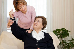 Study: Older Adults With Musculoskeletal Diseases Benefit from Home-Based Rehab