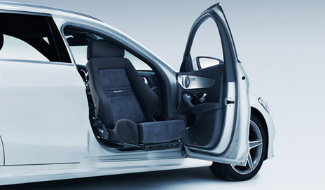 Autoadapt Swivel Seat Helps Enable More Car Choices for Those with Limited Mobility