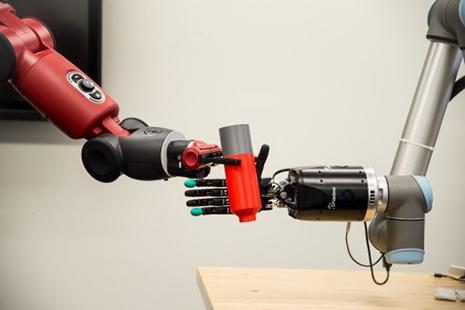 "NIH Grant Spurs Development of Bioengineered, ""Living"" Robotic Hand"